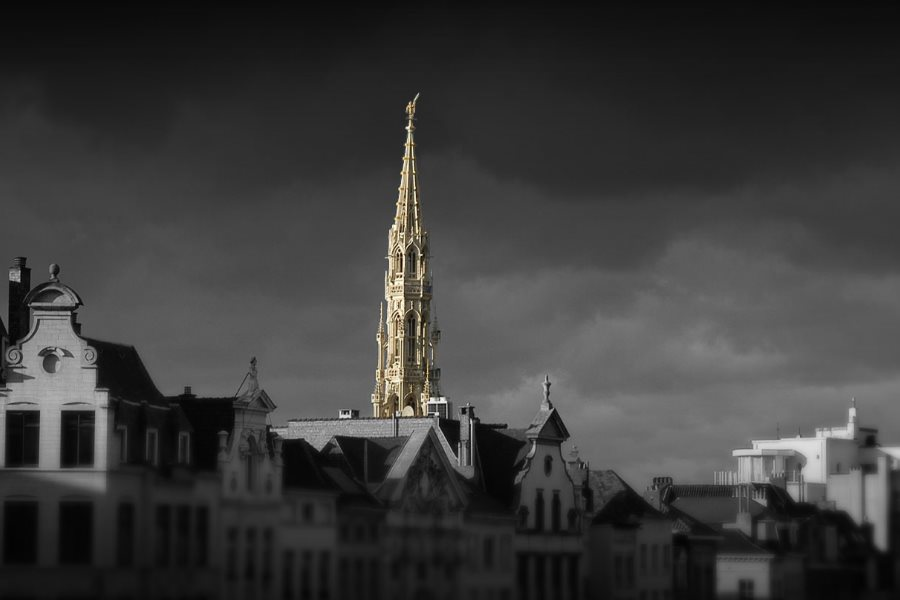 panoramic view of brussels with photo tour